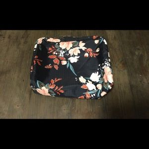 Lesportsac toiletry pouch